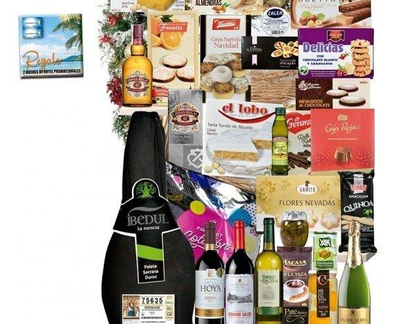 Cesta Lis. Combinación de productos, donde destacan nuestra paleta serrana Durco