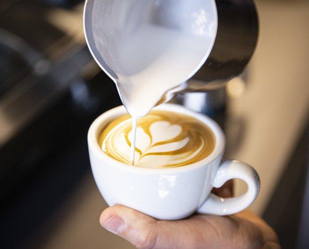 Latte Art. Arte del café