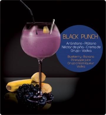 Smoothies con alcohol Black Punch. Arándano, plátano, orujo, vodka