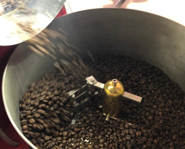 Café recién tostado. Café recién tostado. Venta al profesional para cafeterías, restaurantes, tiendas etc.