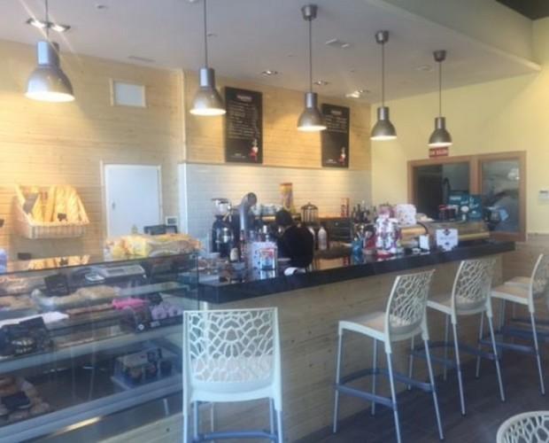 Cafetería como nueva. Tu negocio soñado es posible