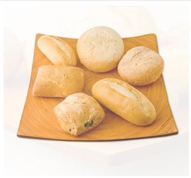 Pan congelado. Baguettes, panecillos, pan de cereal, pan alemán