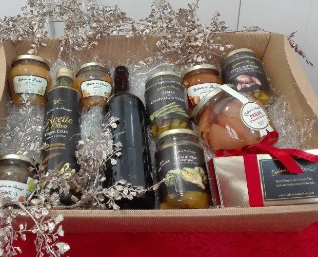 Surtido gourmet. Bandeja de productos gourmet-delicatessen,para regalos empresa.
