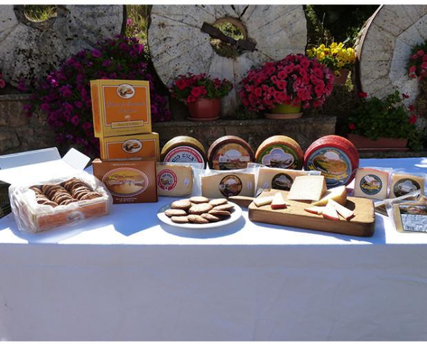 Consultores Comerciales.Quesos y pastas de mantequilla