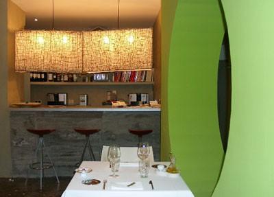 Decoración en el restaurante Enoki. Zona de Barra