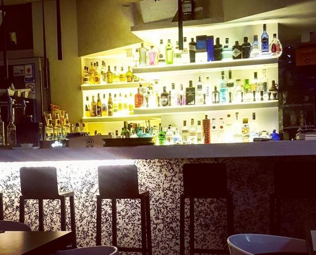 Lounge bar.. Barra de bar
