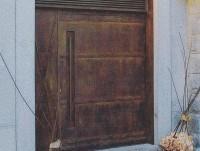Puerta de entrada del restaurante Montia
