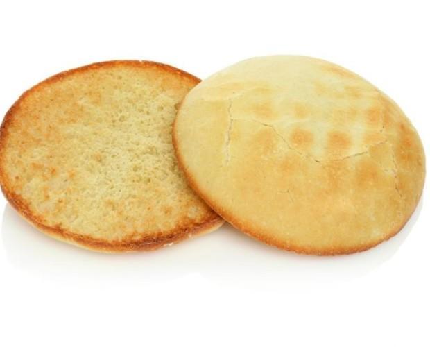 Mollete. Es una pieza de pan de miga blanda