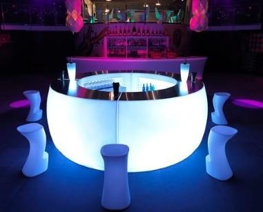 Mobiliario Iluminado para Bares. Barras de Bar Iluminadas para Bares. Barras de Bar iluminadas, con cable y luz blanca, luz rgb, sin cables RGB y mando a distancia