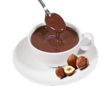 Chocolate a la taza. Chocolate a la taza con avellanas