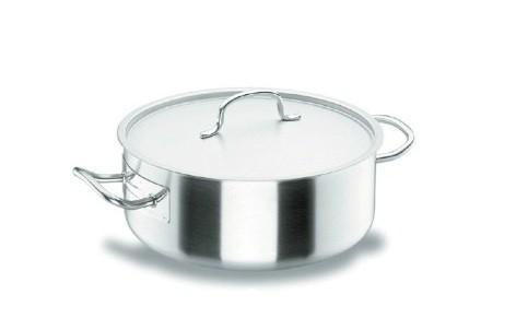 Menaje. Menaje de cocina en aluminio, acero y antiadherente