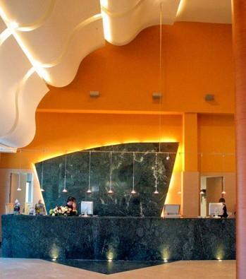 Diseño recepción hotel. Interiorismo para hoteles y restaurantes