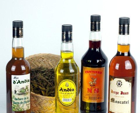 Licores de Hierbas.Desde licores tradicionales hasta los más actuales