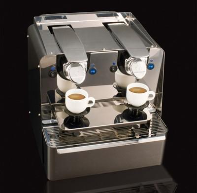Cafetera doble. Para ofrecer el mejor café recién hecho