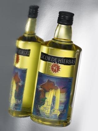 Licores. Licores, vinos jóvenes y de crianza y aceite de oliva
