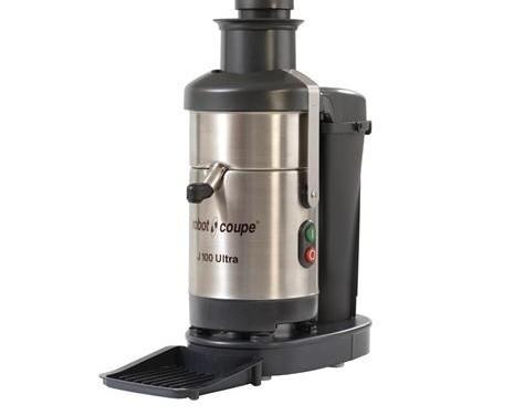 Licuadora. Cesta centrifugadora con disco rallador y filtro de acero inoxidable.