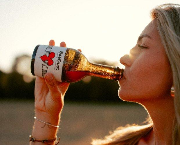 Cerveza. Cerveza Ecológica. BdeGust Beer : cerveza artesana eco-lager en Girona.