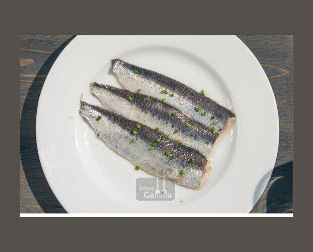 Platos Precocinados a Base de Pescado.Lomos jugosos de Sardina ahumada y curada en sal